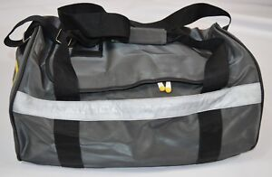 Vintage-90s-Nautica-Competition-Spell-Out-Handled-Travel-Duffel-Gym-Bag-Gray