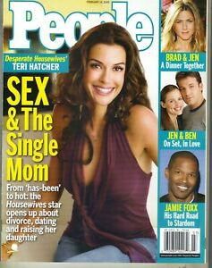 Teri-Hatcher-People-Magazin-2005-2-24-05-Jennifer-Aniston-Garner-Ben-Affleck