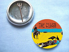 The Clash - Give em  25mm  Badge Sex Pistols The Stranglers The Damned Buzzcocks