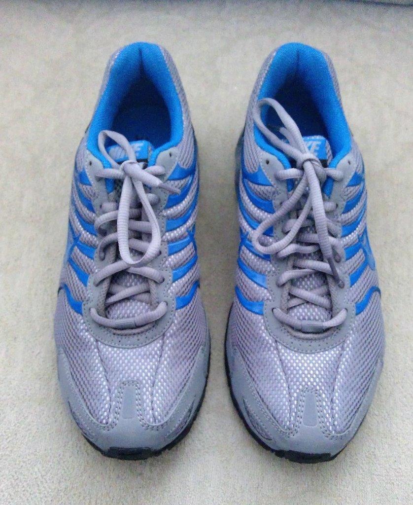 Nuove nike max aria torcia 4 uomini 'atletico scarpe sz blu / grigio nwob sz scarpe 8,5 452530