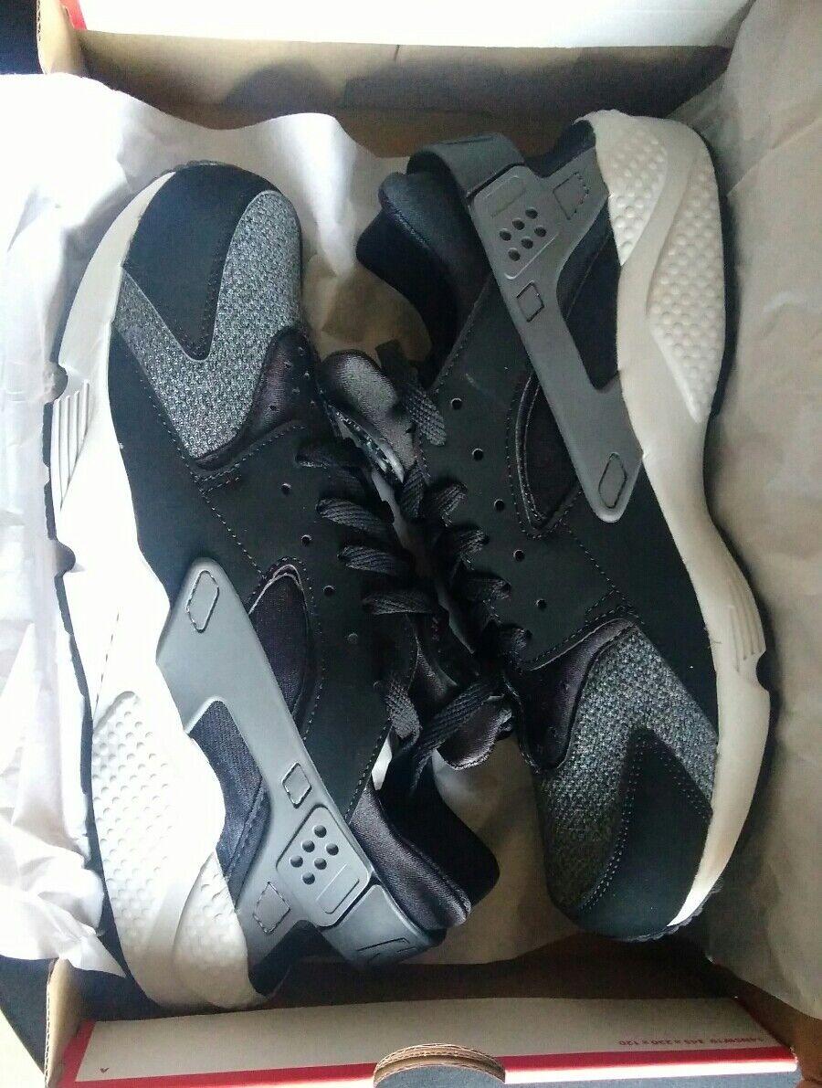 Nike air huarache 10 uk NEW