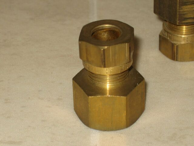 "Kuterlite 612 Female Brass, Coupling 10mm Copper x ⅜"" BSP Parallel Female Thread"