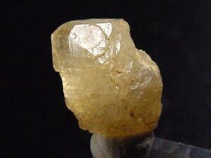Topas-Kristall-Topaz-crystal-11-mm-Schneckenstein-D-724q