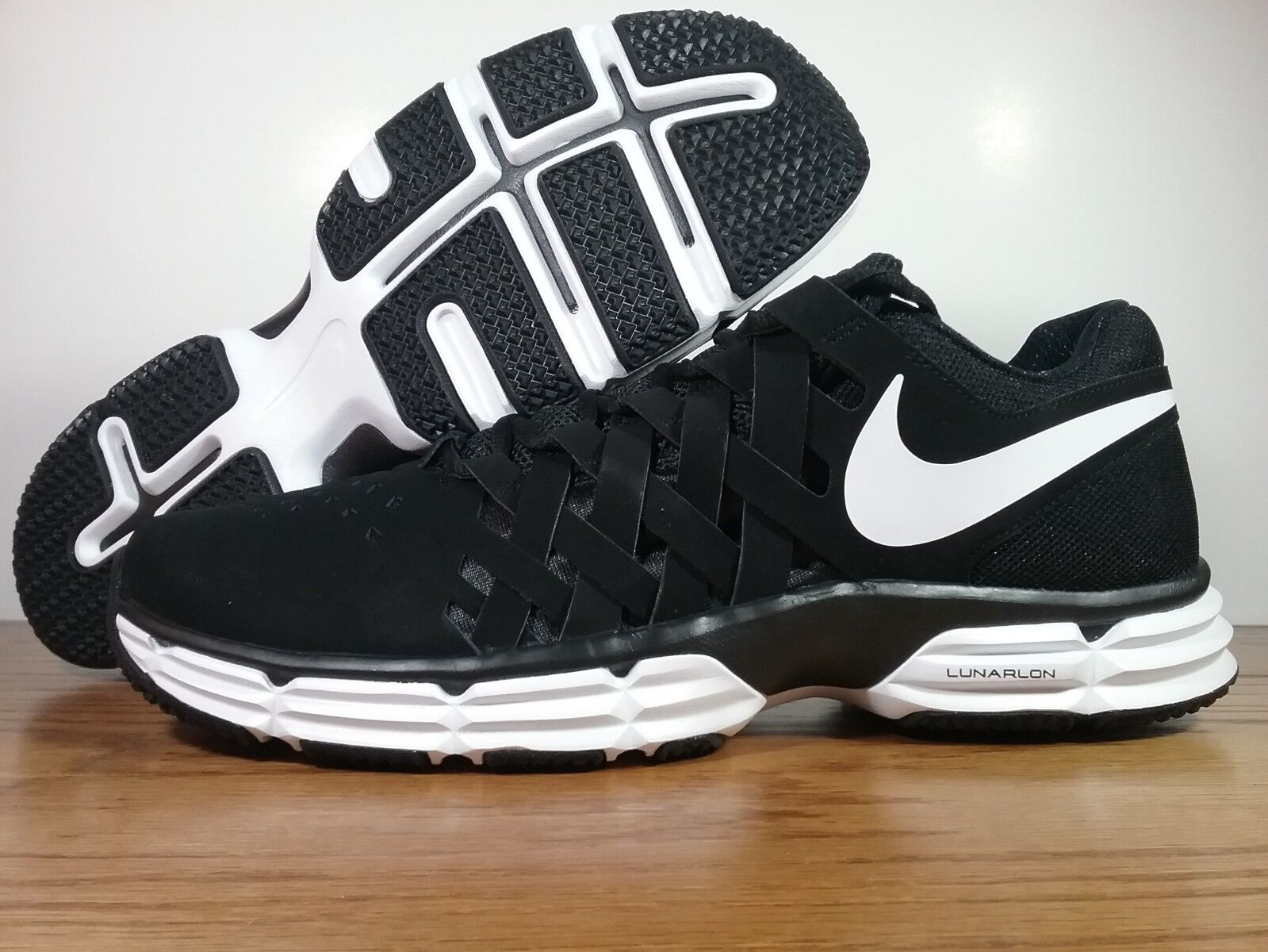 Nike Lunar Fingertrap TR Men's Running Gym shoes Black 898066-001 Men's Size 12