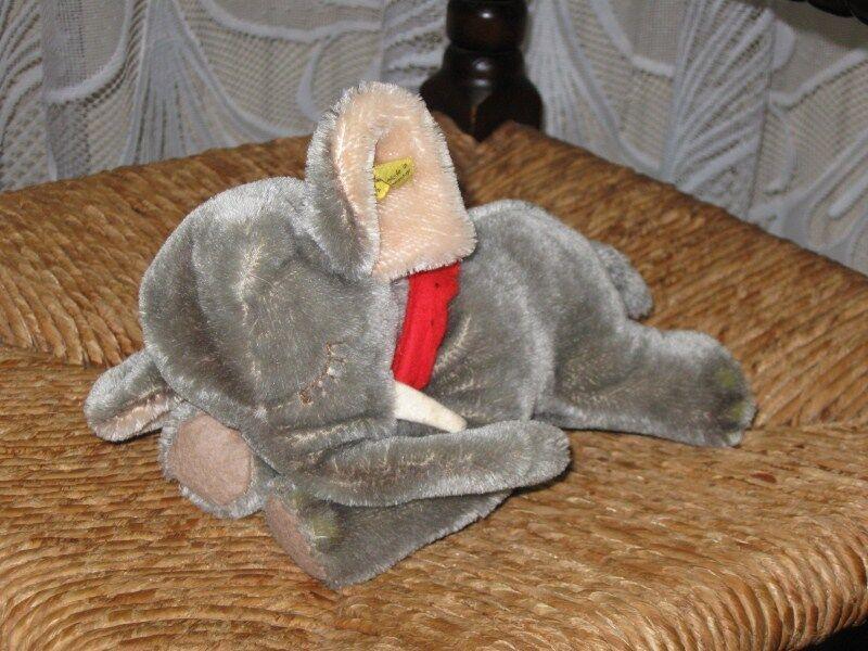 Steiff Steiff Steiff Floppy ele 5537   17 morsa, 17 cm. de pelo de caballo, todos los documentos de identidad. 48f