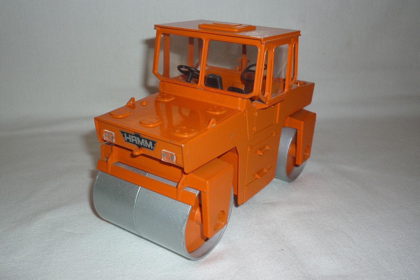 Nzg - Metal Model - Hamm Dv 8 - Tandem Roller - 1 25 - (8.BM-48)
