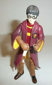 Harry-Potter-Action-Figure-in-Gryffindor-Quidditch-Robes-5-034-Tall