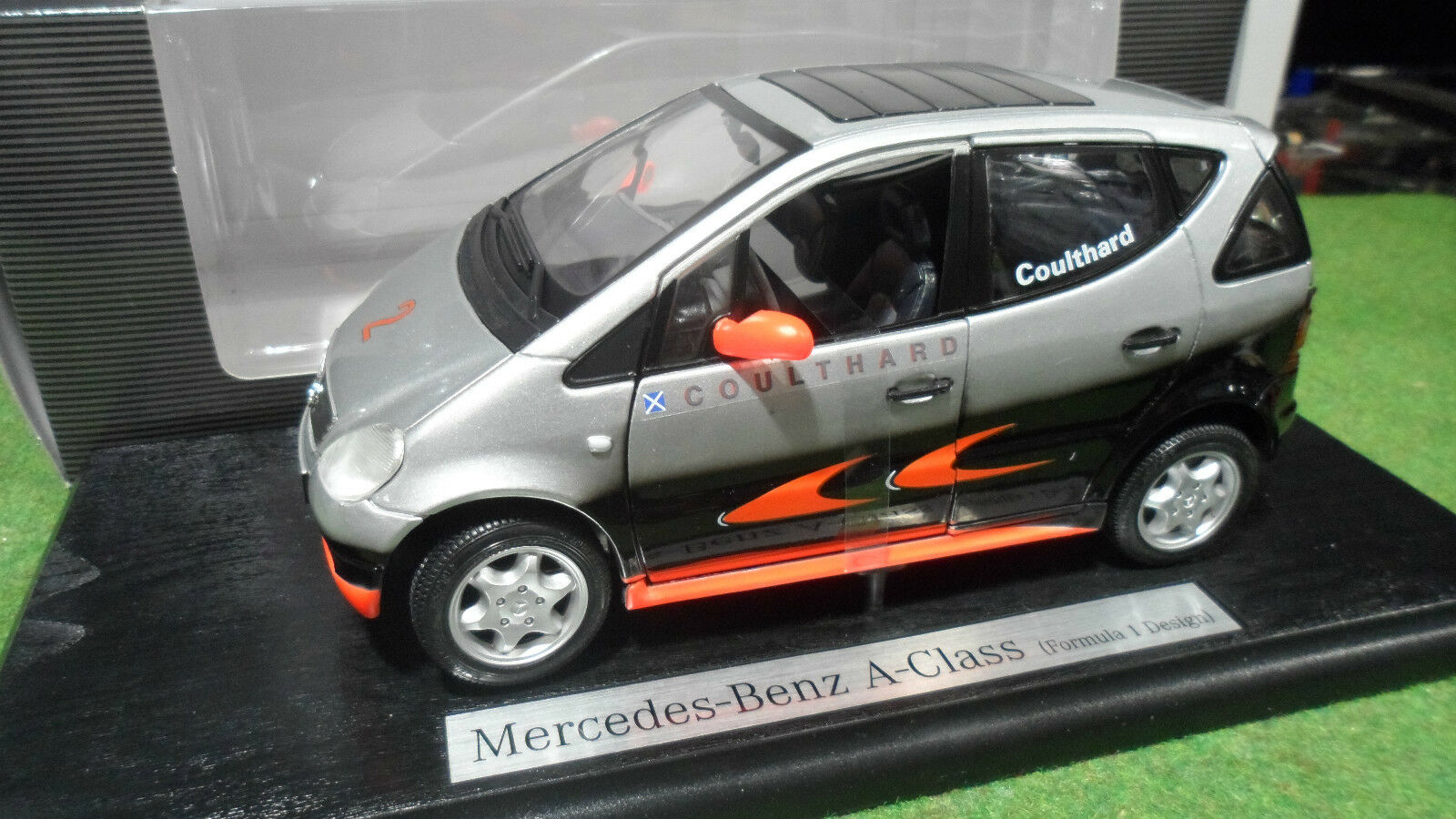 MERCEDES-BENZ A-CLASS F1 DESIGN COULTHARD 1/18 MAISTO B66960225 voiture miniatur