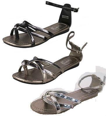 Damas Spot On Hebilla Correa en el tobillo Metálico Plateado y Negro Sandalias De Verano F0415