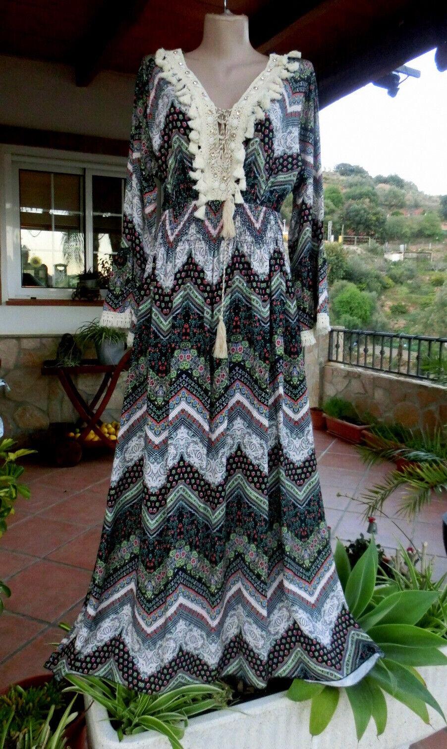Victoria  Maxi Kleid Ibiza Look Hippie Boho Viskose Quasten Muster EG 38-42