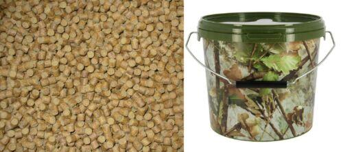 1.5 kg of 8mm sinking carp pellets carp//coarse fishing bait sent in camo bucket