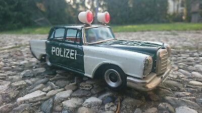 Angemessen Ichiko Mercedes W111 Friktionpolizei Blechauto Tin Toy Lata Blechspielzeug Japan Schmerzen Haben