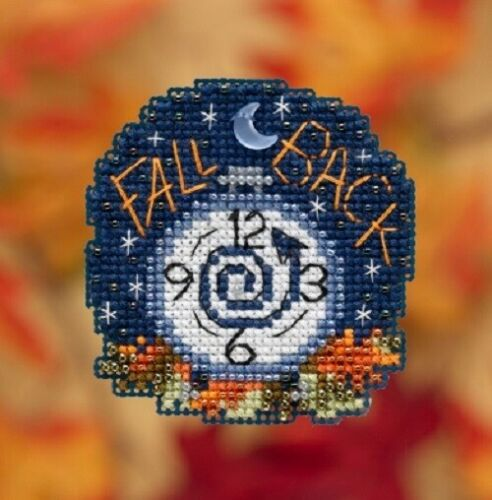 Fall Back Autumn Harvest 2019 Mill Hill Counted Glass Bead Kit w//Treasure