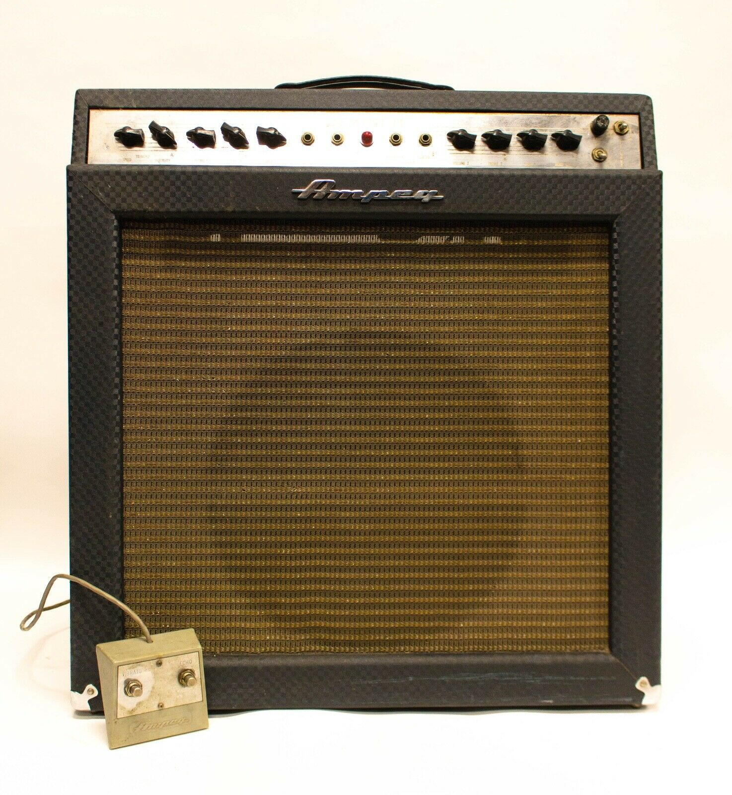 Ampeg Gemini II Model G-15 30-Watt 1x15  Guitar Combo Amplifier with Footswitch