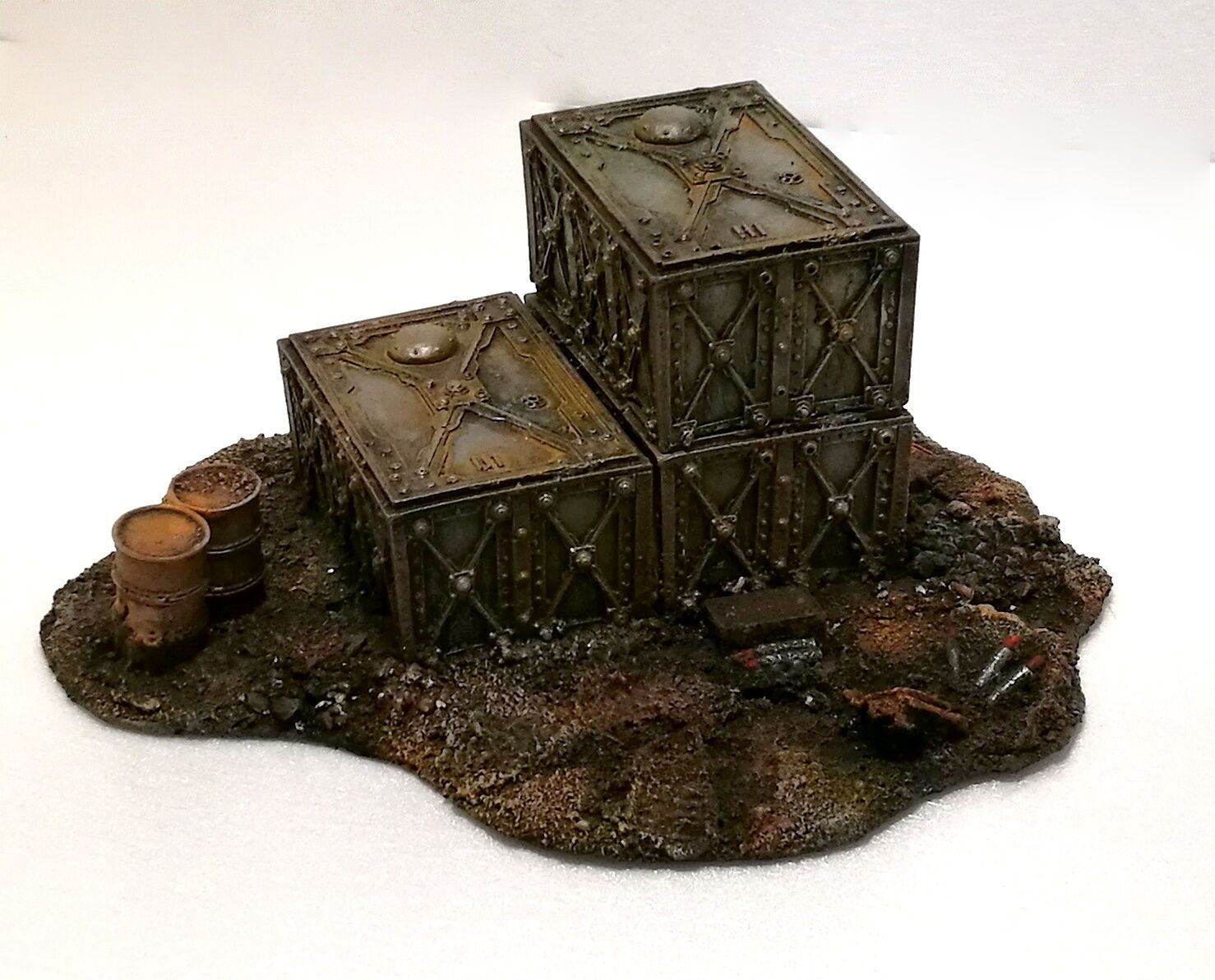 WARHAMMER 40000  WAR GAME SCENERY SET AMMO DUMP BUILDING PRO PAINTED 40K