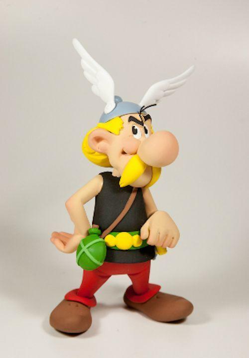 FARIBOLES 2018 Asterix de Uderzo et Goscinny ASTERIX 450 pz h 16cm