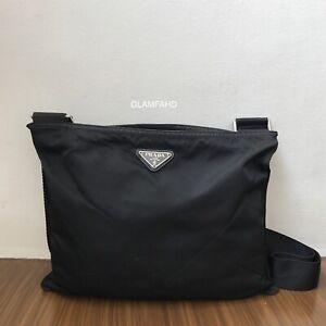 Pre-Owned-Authentic-Prada-Nylon-Black-Slingbag-Crossbody-Bag