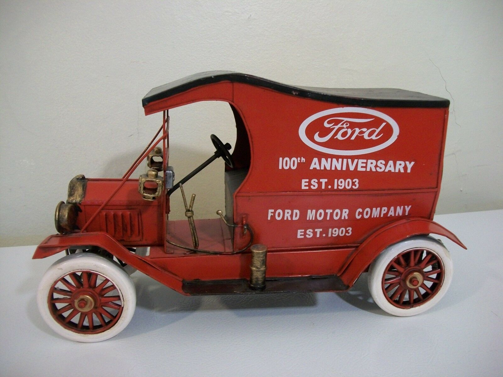 Metal Ford Model T 100th Anniversary Delivery Van