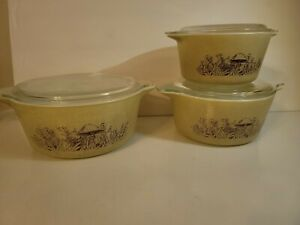 Vintage Pyrex  Set Od 3 Cinderalla Style Bowls Mushroom Print