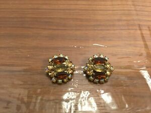 Vintage Gold-tone Amber Aurora Borealis Citrine Rhinestone Clip On Earrings A59