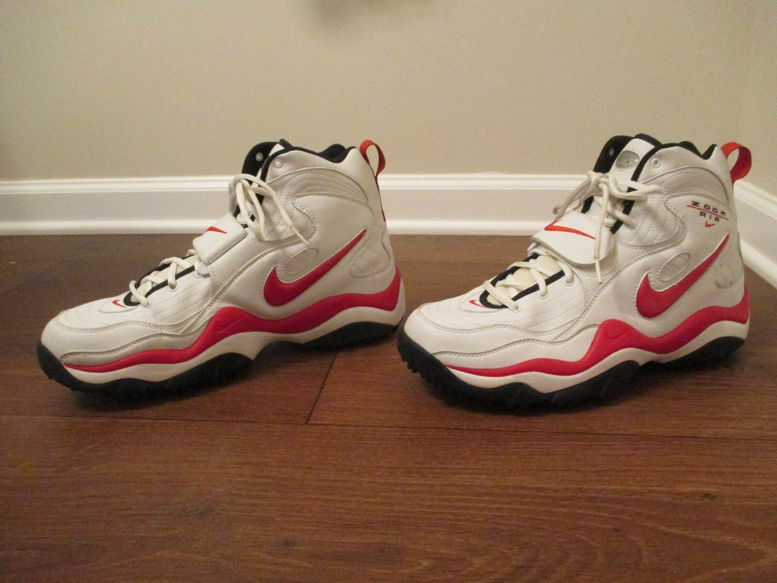 Classic 1999 Used Worn Sz 14 Nike Zoom Air Turf Trainer shoes White, Black, Red
