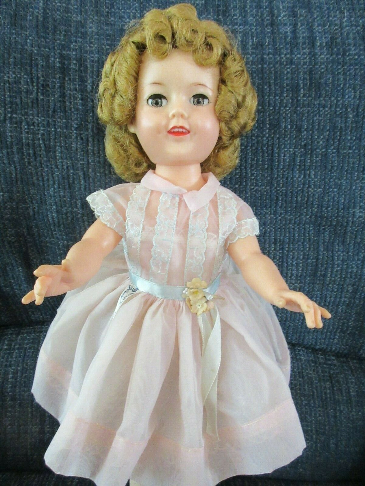 Ideal Shirley Temple Doll ST-17-1 1950's