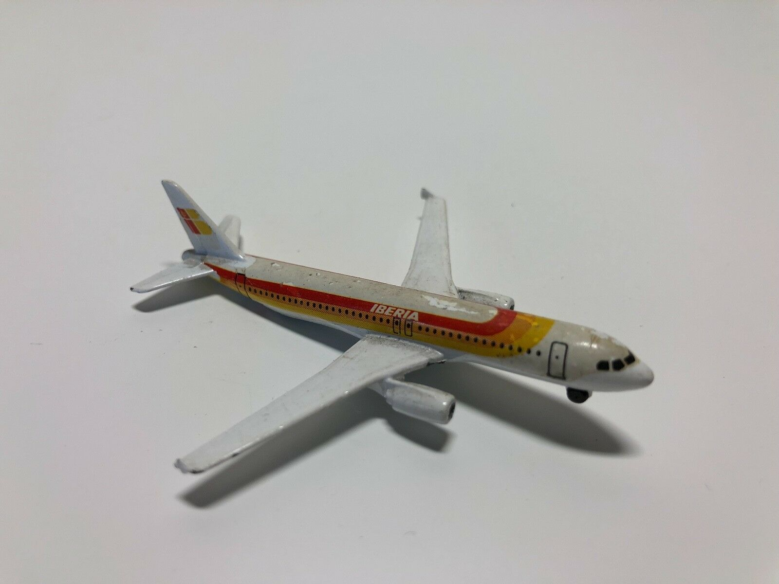 Occasion - Miniature  Avion Iberia - Airbus A320 - Schabak - Avion  marques de créateurs bon marché