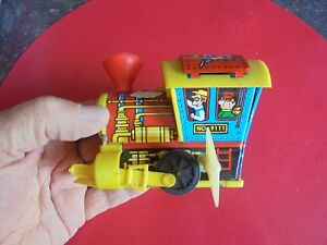 Ancienne-Petite-Locomotive-Tain-Moteur-a-Cle-Made-in-Hong-Kong-ans-80-fonctionne
