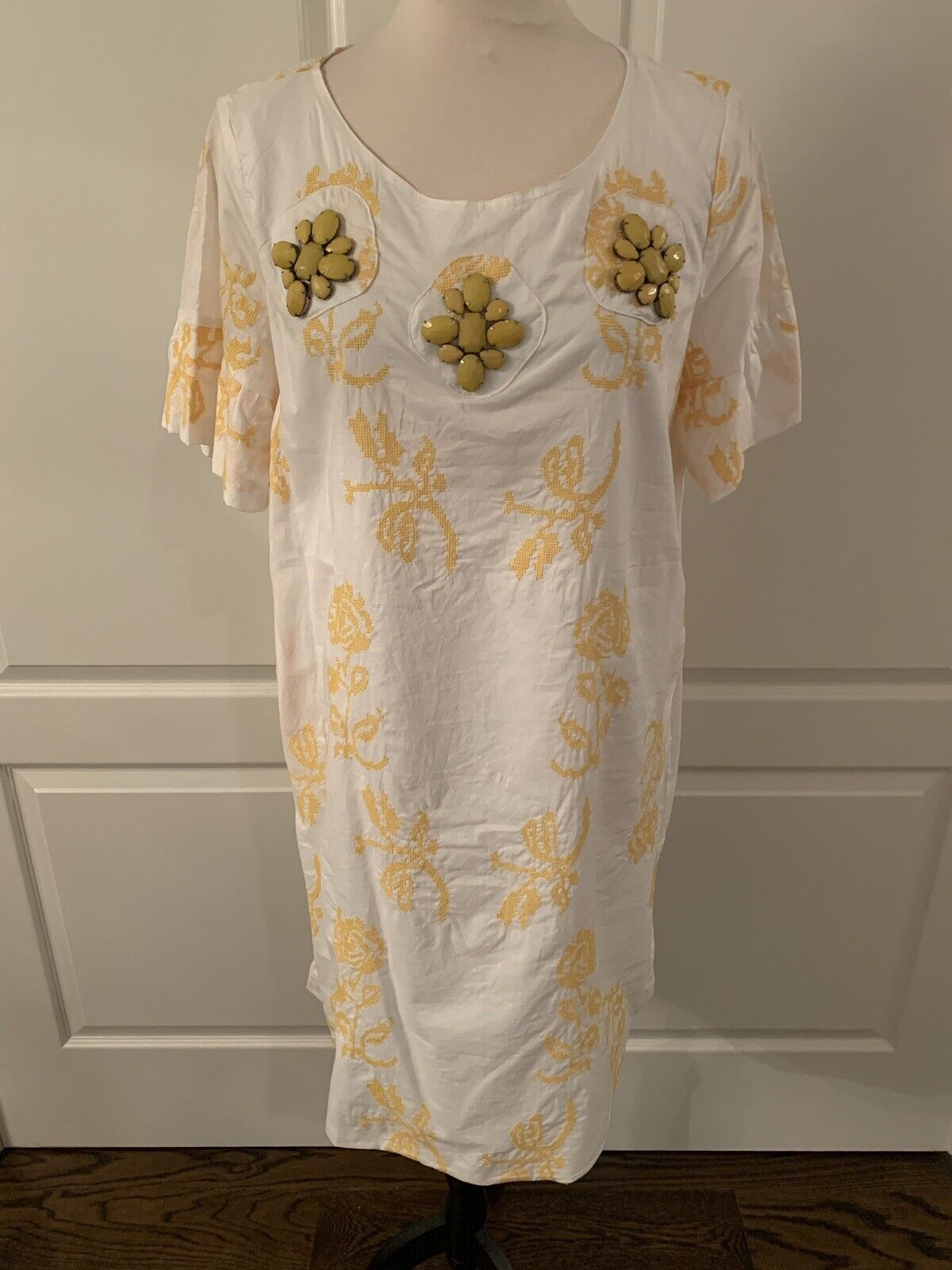 NWT Designer damen's Weiß And Gelb Embroiderot Short Sleeve Dress Größe L