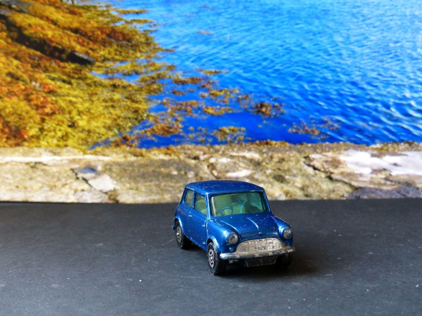 Corgi Toys 204 Morris Mini Minor bluee with tinted windows windows windows c5c5c1