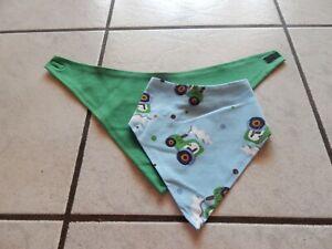 HonnêTe Triangle Foulards-bandana De Jersey Bleu Clair Avec Tracteurs Et Uni Vert-afficher Le Titre D'origine
