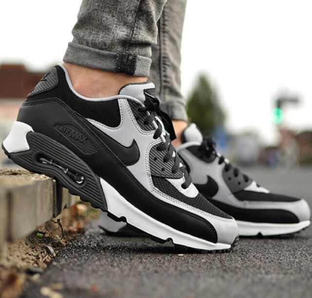 NIKE AIR MAX 90 ESSENTIAL BlackGrey MEN'S RUNNING SHOE LIFESTYLE COMFY SNEAKERS