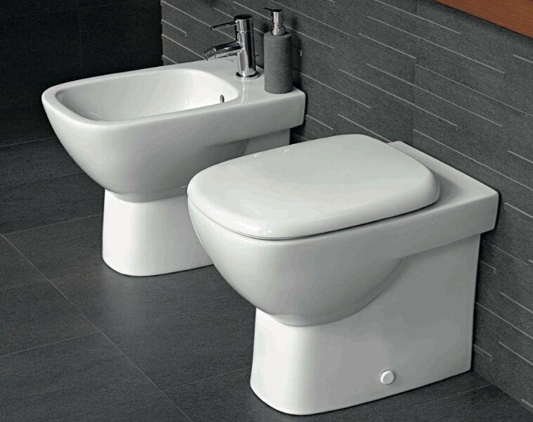 Sanitari bagno filo parete appoggio vaso sedile e bidet Fantasia 2 Pozzi Ginori