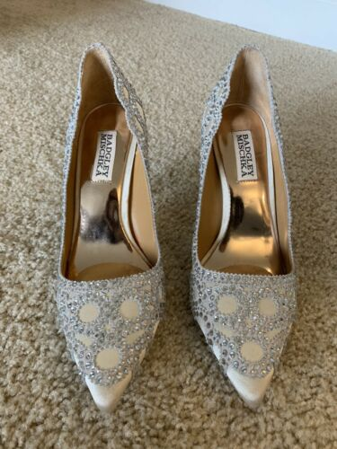 "Badgley Mischka ""ROUGE"" rhinestone shoes 6.5"