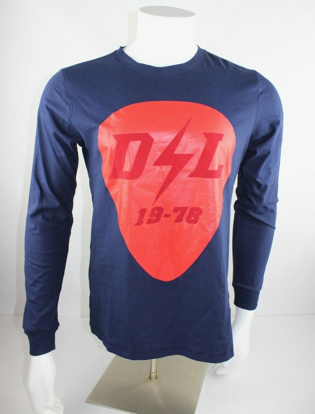 c6df4228b4 Diesel Graphic Long Sleeve Cotton Tee in Peacoat bluee Mens Size M NWT