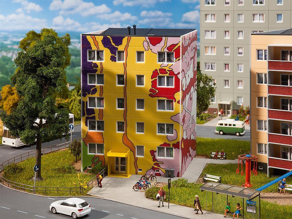 Faller HO HO HO 130800 Design-Plattenbau nach Carsten Kruse   NEU in OVP    | Bestellungen Sind Willkommen  a1d6d7