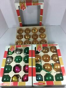 Vintage-Lot-of-35-Christmas-Mercury-Glass-Ornaments-Mixed-Colors-And-Sizes
