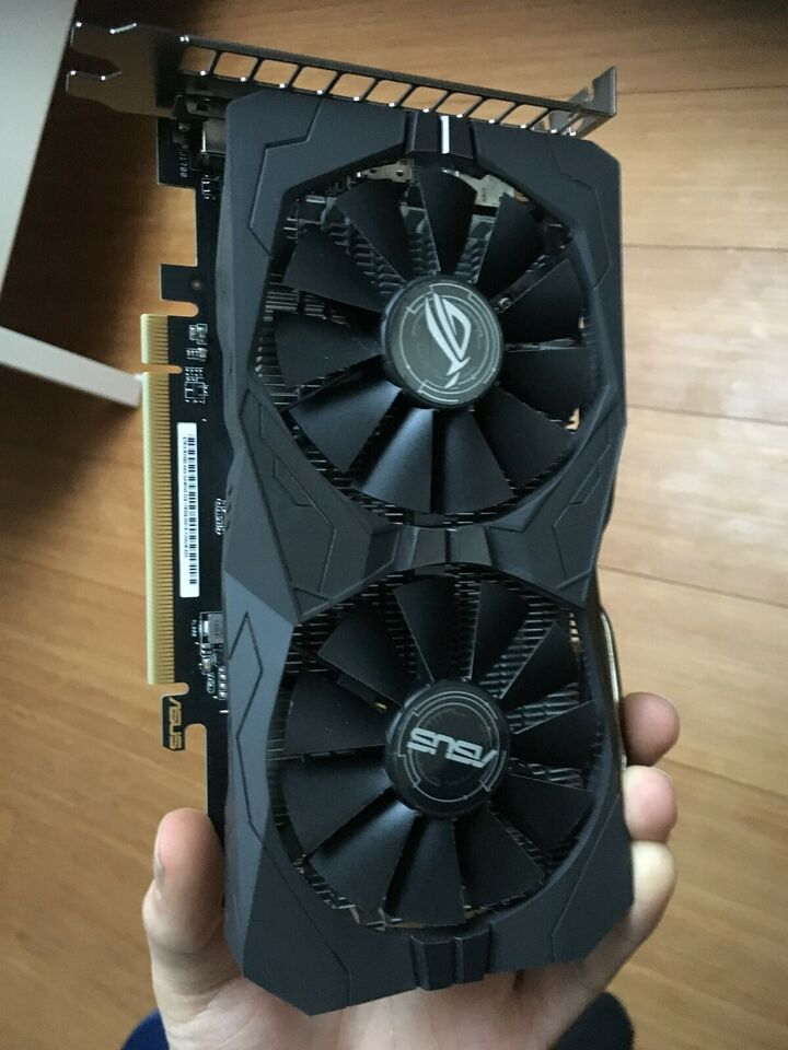 RX560 / RX 560 AMD, 4 GB RAM, Perfekt