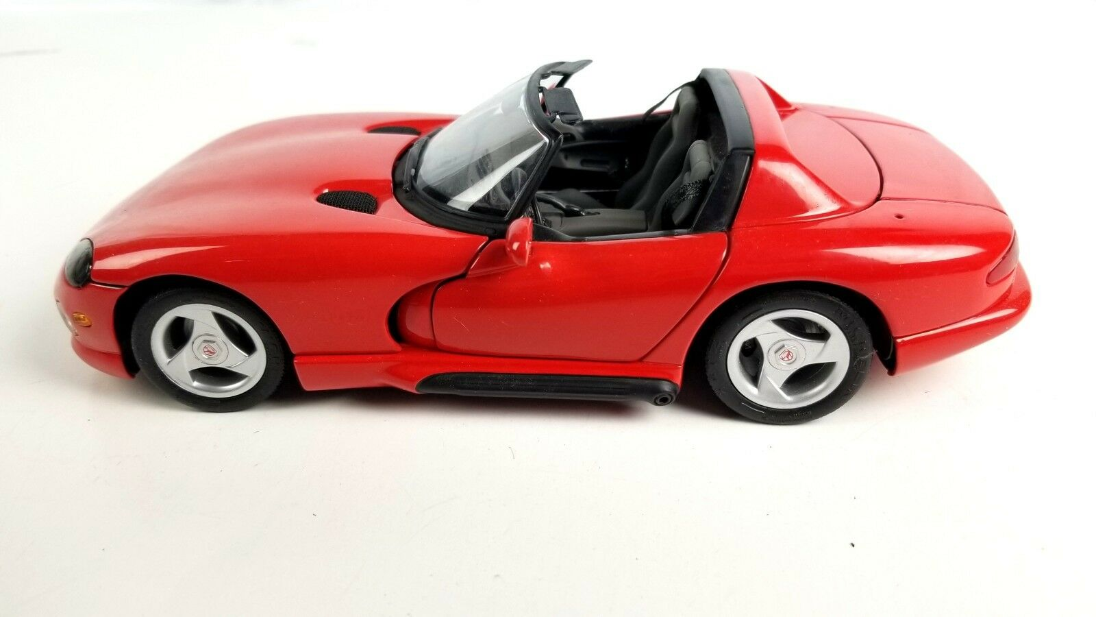 Revell Creative Masters Dodge Viper R T10 Red 1 20 Scale Diecast Congreenible Car