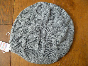 952a2145adfde CLAIRES CREAM GREY BLACK RED CABLE KNIT KNITTED SOFT BERET HAT ONE ...