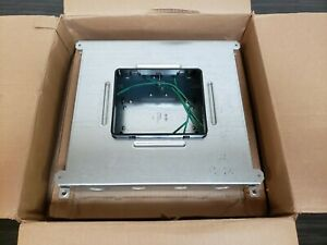 BRAND NEW IN BOX WIREMOLD RFB6-6 COMPARTMENT RECESSED FLOOR BOX