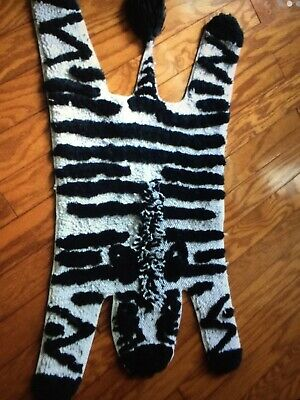 Pillowfort Zebra Stripe Accent Rug
