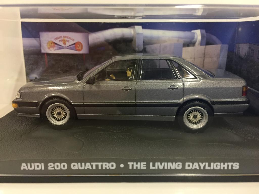 James Bond 007 Audi 200 Quattro Quattro Quattro The living daylights 1 43 Scale 2436d5