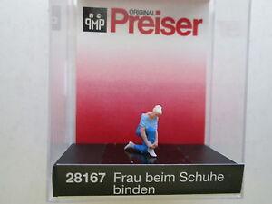 Preiser 28167 Woman Tying Her Shoes by Preiser Rw88B