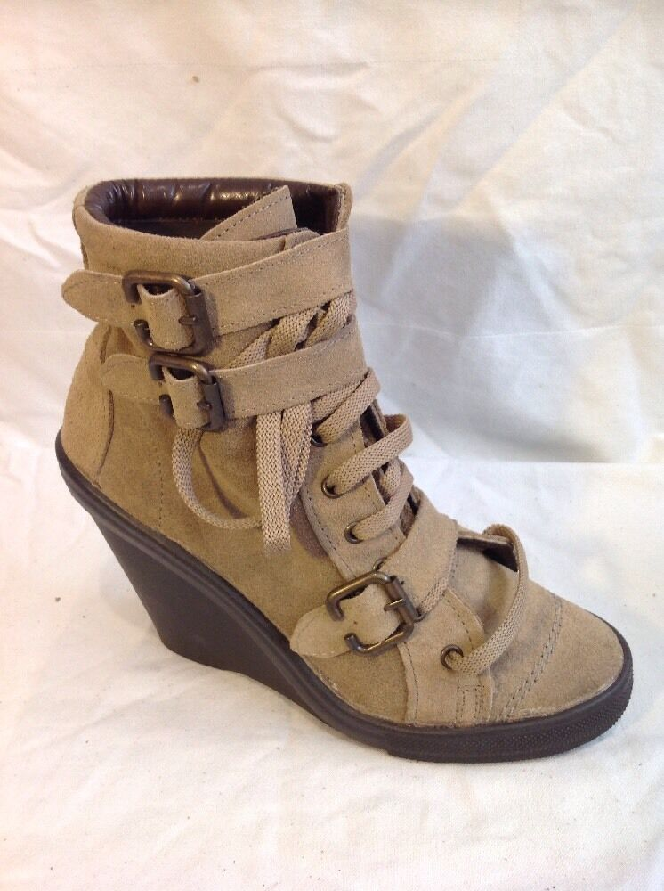 Top Shop Brown Ankle Suede Boots Size 6