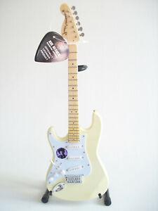 Guitare miniature Fender Stratocaster gaucher Woodstock Jimi Hendrix