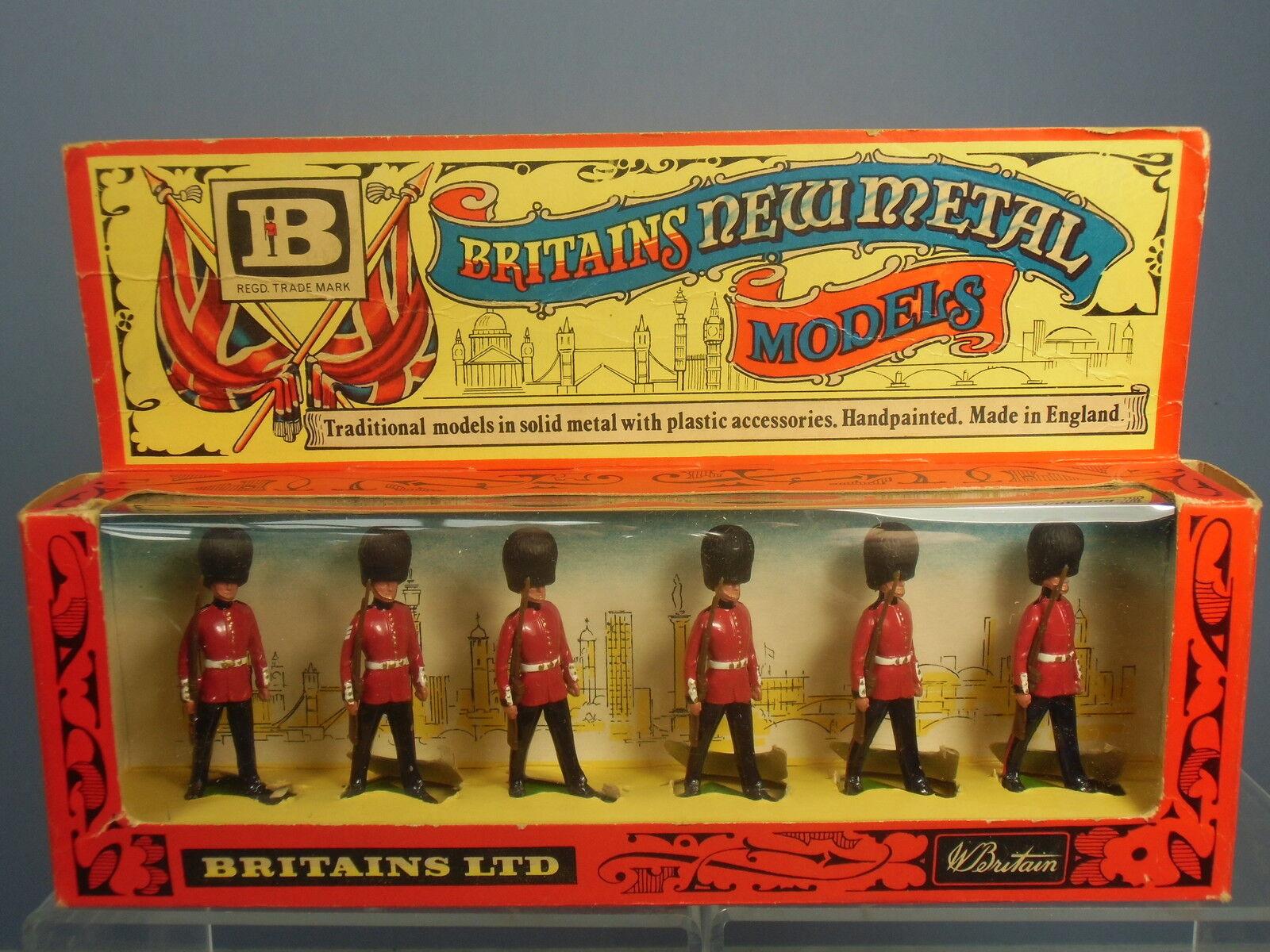 VINTAGE BRITAINS MODEL No.7225    6 SCOTS GUARDS        MIB