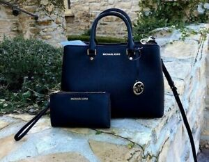 NWT-Michael-Kors-Saffiano-leather-Savannah-LG-Satchel-handbag-Wallet-black-gold
