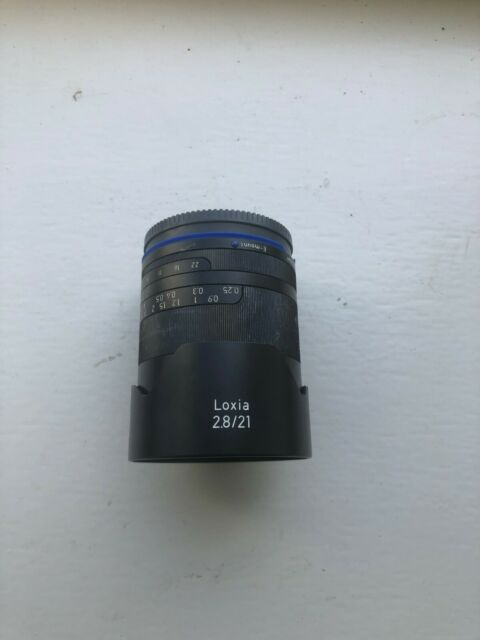 Zeiss Loxia 21mm Disagon f/2.8 Lens for Sony E Mount (Parts or repair)