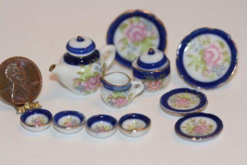 Dollhouse Miniature Serving Set in Cobalt /& Floral Design